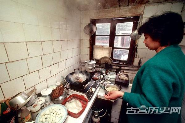 老照片:走进上海人家 1993年
