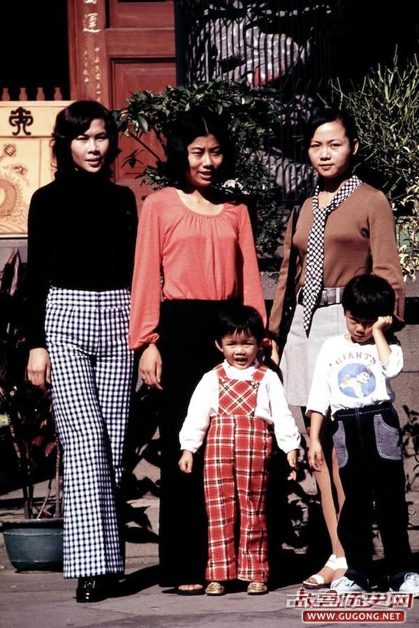 台湾老照片:走进1972年的台南人家