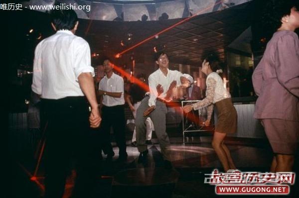 深圳老照片:1990年代初的深圳众生相
