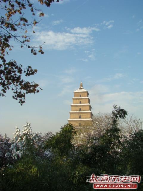 大雁塔和小雁塔是谁建的?