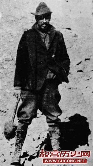 """老照片:百年前来敦煌的""""强盗"""""""