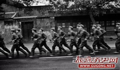 80年代老照片:十张老照片带你看1980年代的中国