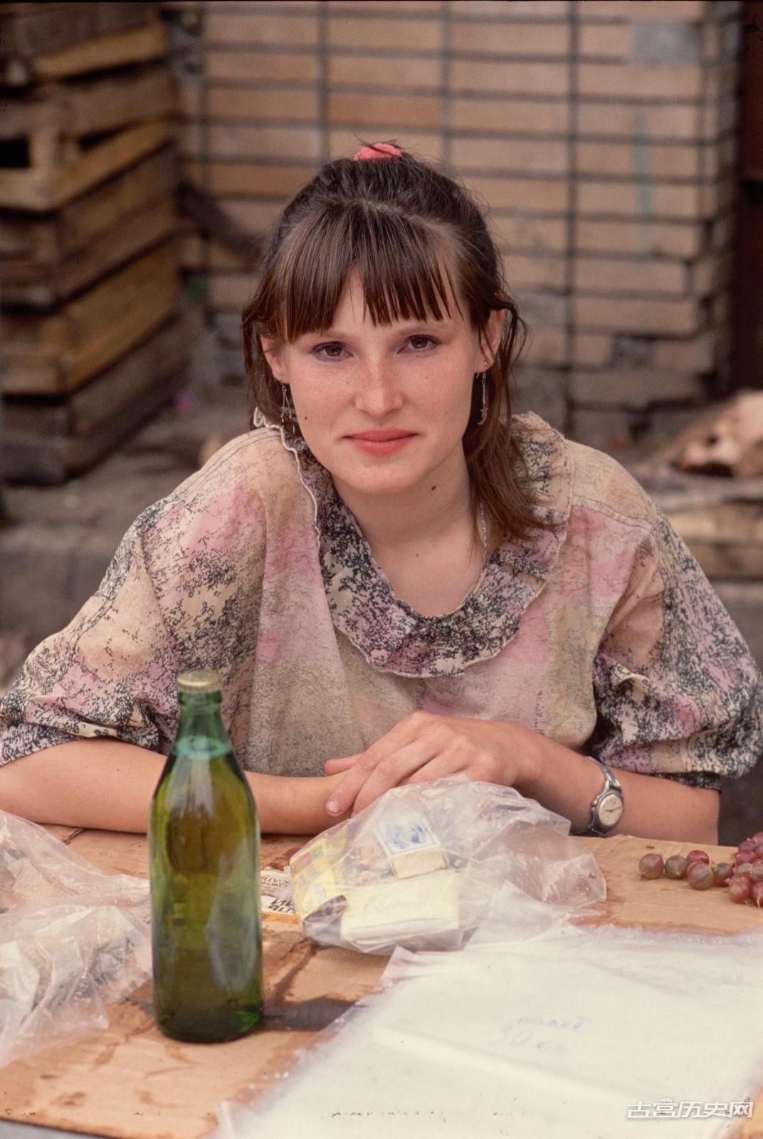 老照片:1991年苏联那些可怜的老百姓