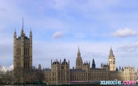 英国君主立宪制有什么特点