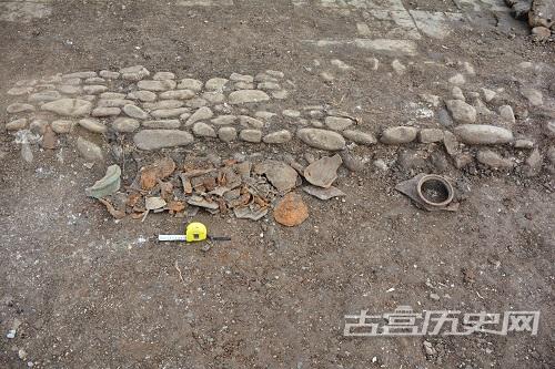 湖南老司城遗址新出土的铜炮残件
